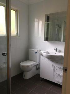 Granny-flat-in-Sydney-internal-bathroom